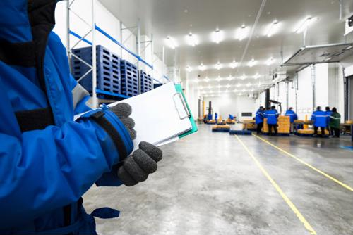 Properly maintained high-speed doors are imperative to operations in a food and beverage facility. Read our infographic to learn more.